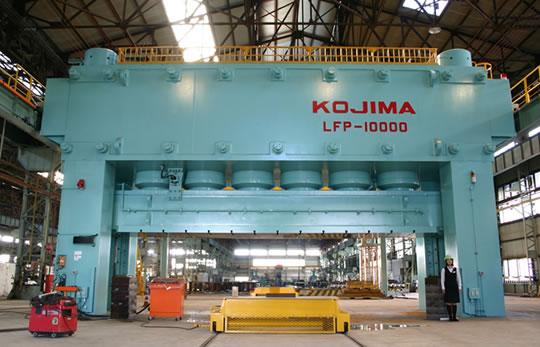 10,000 ton プレス機の写真